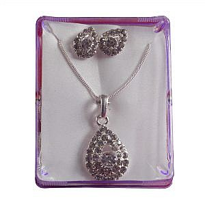 Oval Shaped Embedded Faux Crystal Pendant With A Pair Of Earrings For Women