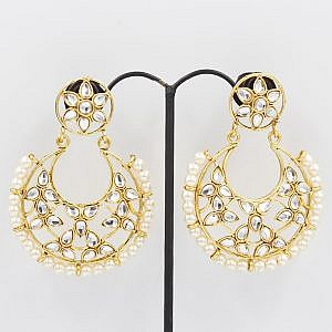 Golden Round Shaped Earrings With Faux Crystal And Pearls