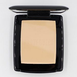 Party Queen Professional Makeup Pressed Powder