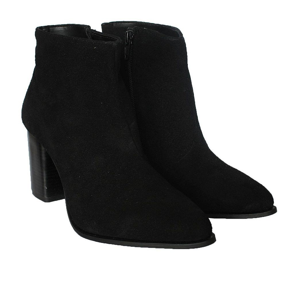 Theea New Stud Black Suede Boots