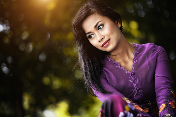 look beautiful in traditional dress